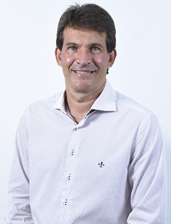 Ver. Renato Santiago